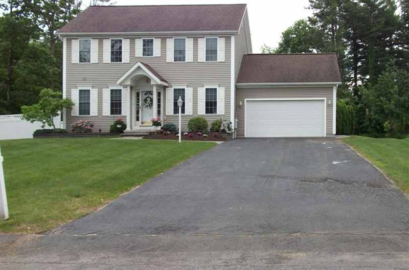 This image is of a beautiful driveway before it is about to be sealcoated