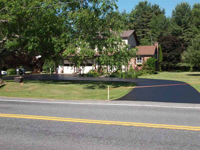 after photo of driveway that way sealcoated in albany ny